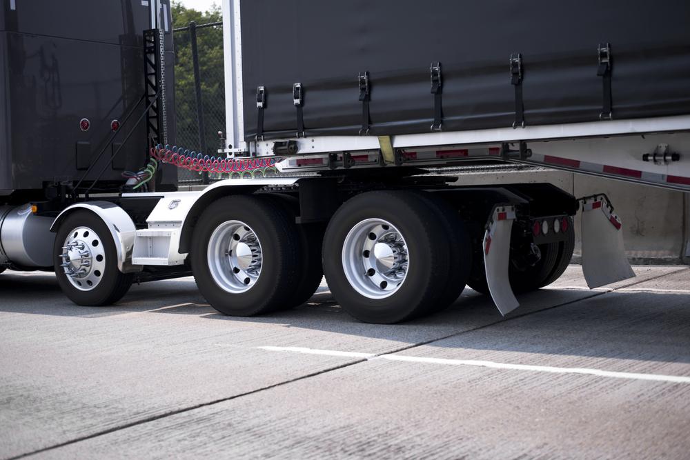 Truck wheel fender